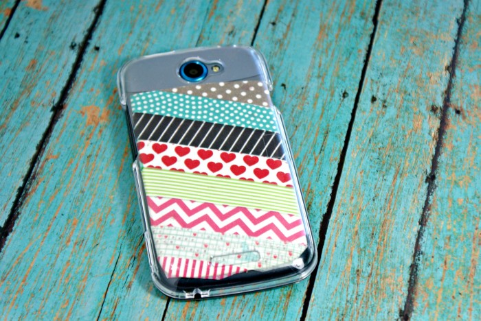Washi Tape Phone Case; for more inspiration and washi projects visit thewashiblog.com | #washi #washitape