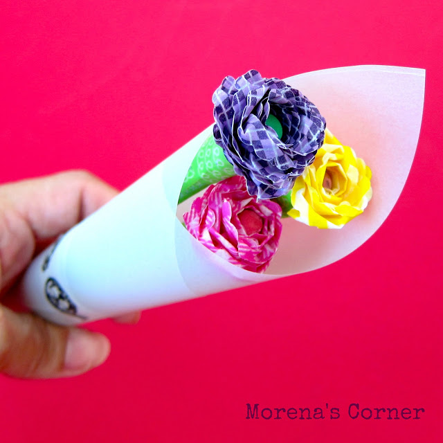 Washi Flower Pencils; for more inspiration and washi projects visit thewashiblog.com | #washi #washitape