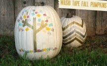 Washi Tape Pumpkins | For more washi projects and inspiration visit thewashiblog.com | #washi #washitape #pumpkins