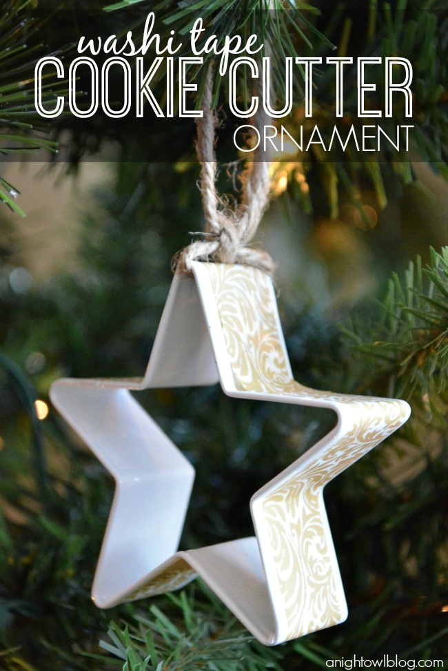 Washi Tape Cookie Cutter Ornament  | For more washi projects and inspiration visit thewashiblog.com | #washi #washitape #Christmas